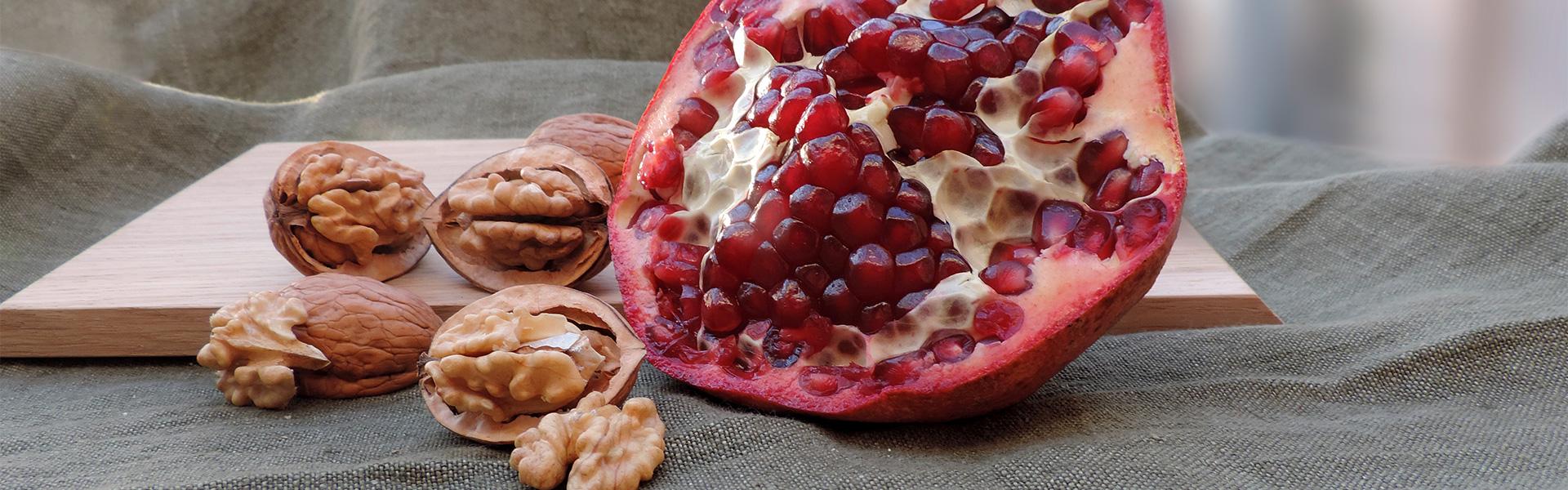 Walnüsse & Granatapfel